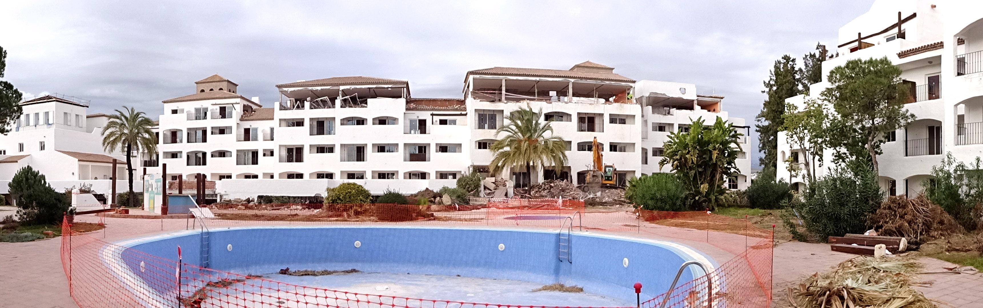 trabajos-demolicion-hotel-estepona-herysan