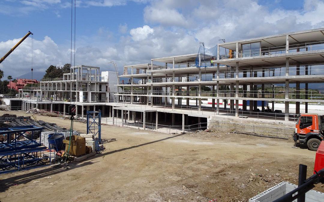 Demolición Hotel Princess en Estepona