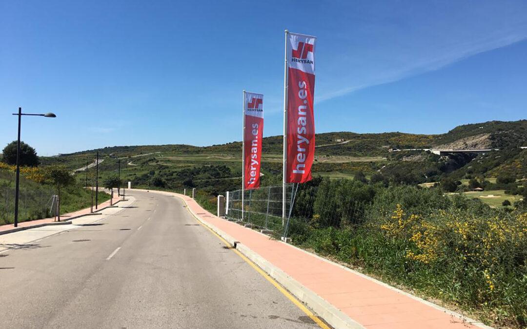 Nuevo proyecto de villa con piscina exterior en Estepona