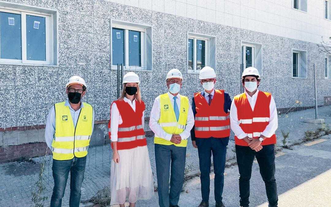 El alcalde de Málaga visita la obra de Herysan